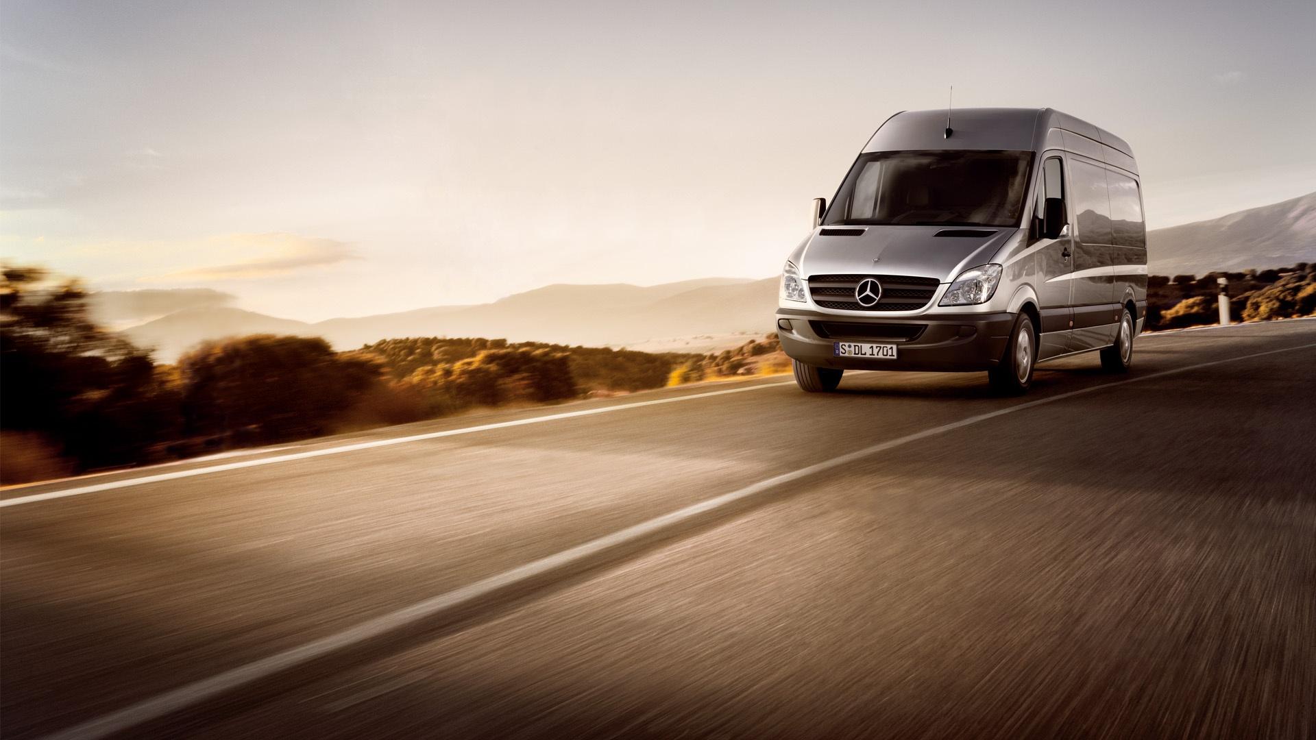 Daimler Transporter Go for Goals
